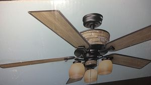 Hampton bay ceiling fan indoor / outdoor for Sale in Milford, OH