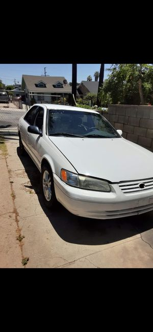 Toyota camry 98 for Sale in Hazard, CA