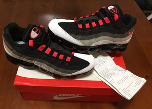 💯 AUTHENTIC NIKE AIR VAPORMAX 95 HOT RED DARK PEWTER PREMIUM SIZE 10 NEW IN BOX Supreme Deal!!!! $$85 DS Receipt FIRM ON PRICE for Sale in Raleigh, NC