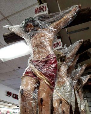 """Cristo 48"""" De Lujo Cuerpo Ancho, Con Espinas En La Corona (4 Pies) Resina for Sale in Los Angeles, CA"""