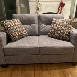 BRAND NEW Loveseat for Sale in Sherwood, OR
