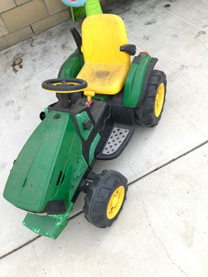 John Deere tractor for Sale in Bellflower, CA