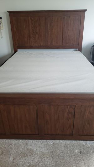 Queen Size Bed with Storage Drawers for Sale in Manassas, VA