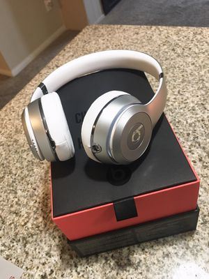Beats Solo 3 Wireless Bluetooth headphones for Sale in San Diego, CA
