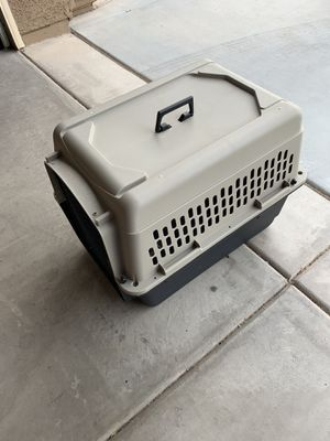 Good Condition Pet Traveling Crate for Sale in Gilbert, AZ