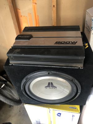 12in JL Audio sub and amp pioneer 800w works perfect for Sale in Hawaiian Gardens, CA