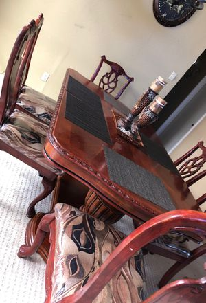dining table 6 chairs for Sale in Hayward, CA