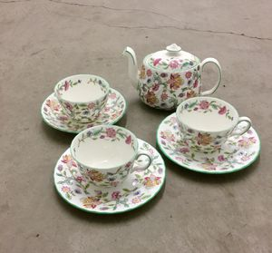 Vintage Bone China floral teas set from England, Minton Haddon Hall for Sale in Los Angeles, CA