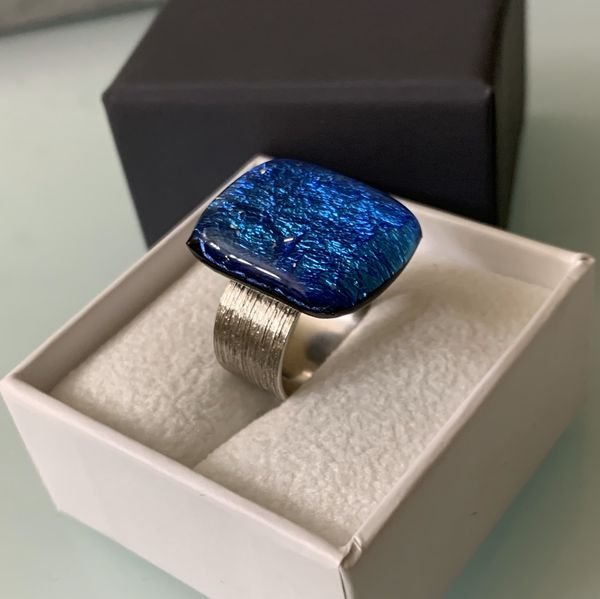 Beautiful Brilliant Turquoise Resin Ring, Set In Silver Plating (OBO)