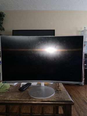 """Samsung 27"""" Curved Monitor for Sale in Long Beach, CA"""