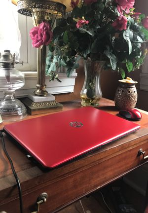 Cute Leather Desk and chair for Sale in Steubenville, OH