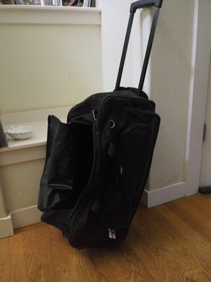 22 in Rolling carry-on duffel bag for Sale in Shoreline, WA