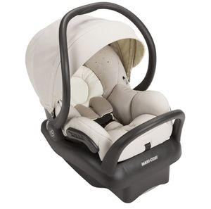 Maxi cosi mico max 30 infant car seat MOON BIRCH with base for Sale in Miami, FL