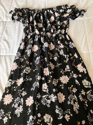 Off the shoulder maxi dress for Sale in Phoenix, AZ