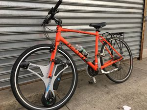 Geo orbital 700c electric wheel with Gaint Escape 2017XL Bicycle for Sale in Jersey City, NJ