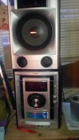 Stereo system band Stony for Sale in Bakersfield, CA