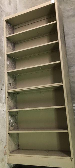 Filing cabinet w/adjustable shelf for Sale in Kent, WA