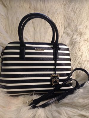 Kate Spade Body Bag Purse Shoulder Bag Hand Bag for Sale in Orange, CA