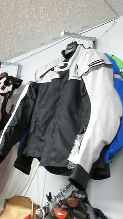 Motorcycle safety Jacket sizes small brand new for Sale in Los Angeles,  CA