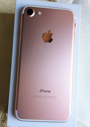 IPhone 7 , UNLOCKED . Excellent Condition ( as like New) for Sale in Springfield, VA