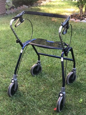 Dolomite walking chair maxi 650 for Sale in Chicago, IL