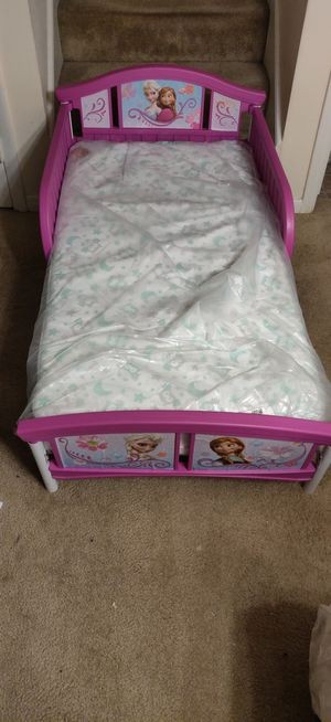 Elsa & Anna toddler bed frame.. mattress not included for Sale in High Point, NC
