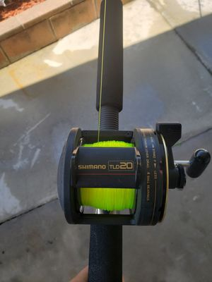 Shimano TLD 20 reel with fishing tackle unlimited 9' casting rod for Sale in La Mesa, CA