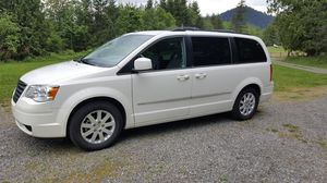 2010 Chrysler Town & Country for Sale in Enumclaw, WA