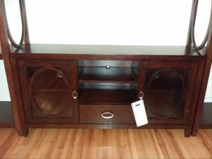 """BRAND NEW 55"""" Mahogany TV Stand with 1 Tower for Sale in Brooklyn, NY"""