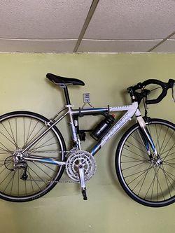 Trek Road Bike for Sale in South Gate,  CA