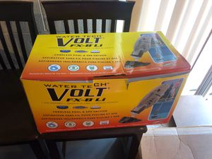 Pool vacuum cordless for Sale in Allison Park, PA