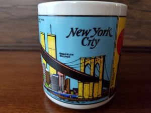 RARE VINTAGE NEW YORK CITY SKYLINE WORLD TRADE CENTER TOWERS COFFEE MUG TWIN WTC for Sale in Phoenix, AZ
