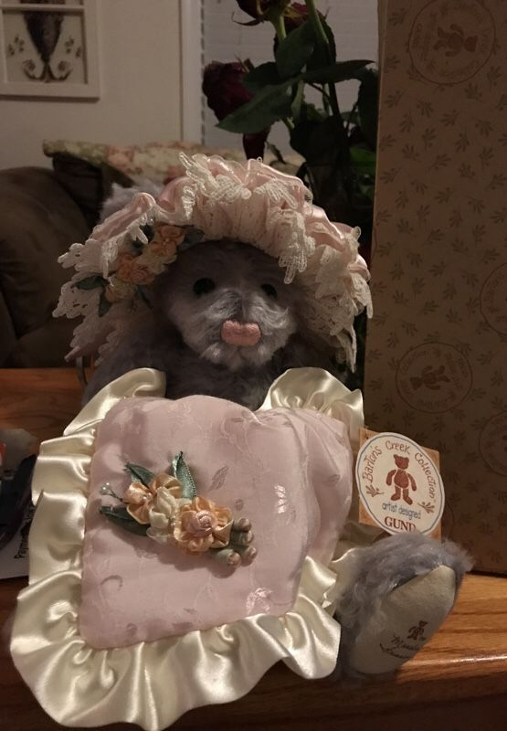 Beautiful Genuine Gund Victorian stuffed animal Bear
