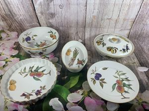 Royal worcester evesham 5 piece set for Sale in Jonestown, PA