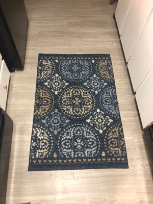 Small rug 45 x32 approx for Sale in Beaverton, OR