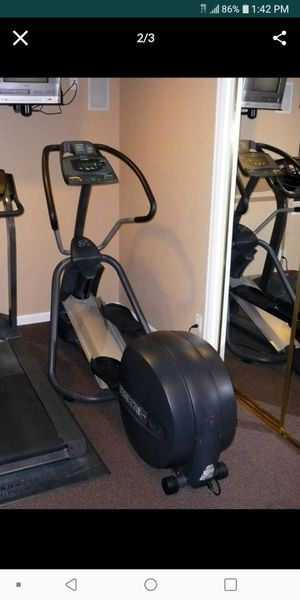 Precor elliptical cross trainer for Sale in Clearwater, FL