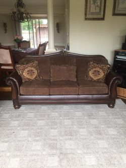 Couches for Sale in Kent,  WA