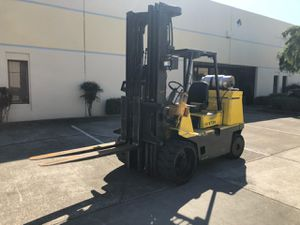 Hyster Forklift 9000 Pound capacity 2 stage mass for Sale in Fremont, CA
