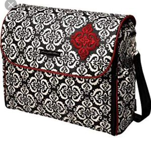 HIGH END DIAPER BAGS FOR LESS! STELLIE BELLIES KIDS & MATERNITY RESALE BOUTIQUE for Sale in St. Petersburg, FL