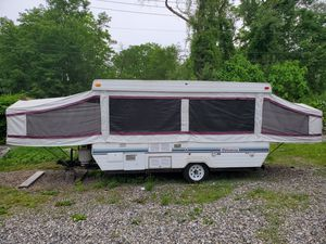 24 foot popup camper for Sale in Ridgefield, CT