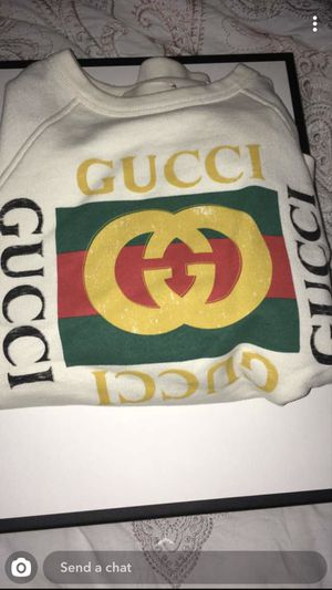 Gucci sweatshirt for Sale in Bloomingdale, IL