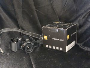 Nikon coolpix digital camera for Sale in Bakersfield, CA