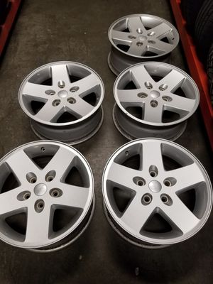 17s jeep wheels five of them for Sale in Tacoma, WA