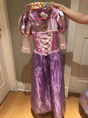 Rapunzel Disney costume with hair piece size 4/6 for Sale in Chicago, IL