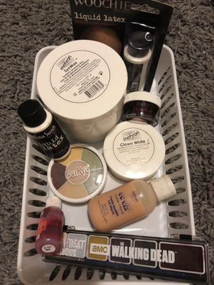 Theatrical makeup (high end quality) for Sale in Clackamas, OR
