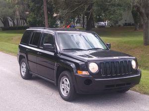 2010 jeep patriot for Sale in Tampa, FL