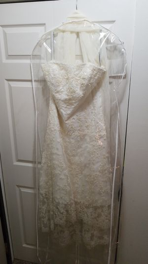 Wedding dress Alfred Angelo for Sale in Fox Lake, IL