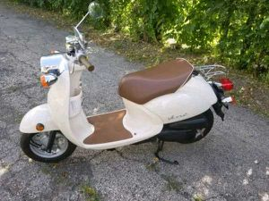 Yamaha vino scooter for Sale in Wichita Falls, TX