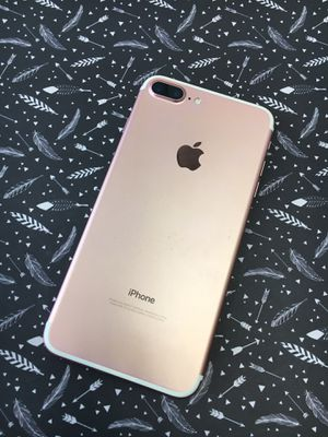 iPhone 7 Plus 256GB unlocked excellent condition for Sale in Raleigh, NC