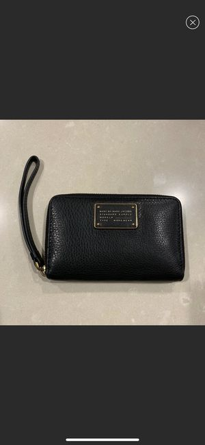Marc by Marc Jacobs Zip Wallet for Sale in Kent, WA